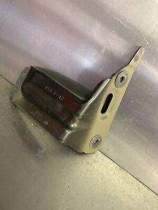 VOLKSWAGEN GOLF MK7 FRONT LEFT FENDER BRACKET 5G0821135B GENUINE
