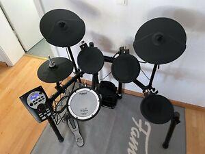 Roland TD-11K V-Drum Schlagzeug E-Drum Set - selten benutzt, Zustand einwandfrei