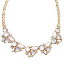 Avon floral cluster collar necklace