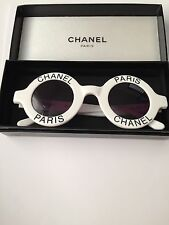 RARE ICONIC VINTAGE CHANEL PARIS SUNGLASSES WHITE BLACK ROUND CC  01945 10601