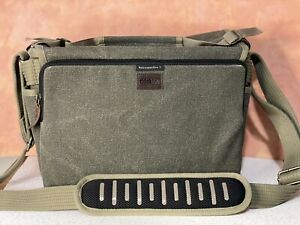 Think Tank Photo Retrospective 7 Shoulder Camera Bag Pinestone W/ Rain Cover!