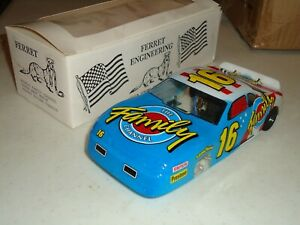 1/24 FERRET FAMILY CHANNEL NASCAR  FLEXI  SUPER WASP  SLOT CAR NOS