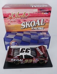 1999 Ken Schrader #33 Red Skoal ~ Action 1/24 Scale Diecast with Display Stand