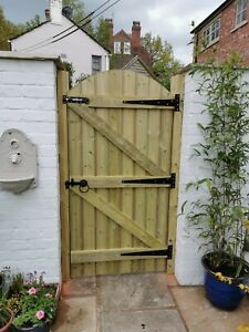 PRESSURE TREATED MADE TO MEASURE GARDEN GATE & POSTS