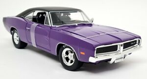 Maisto 1/18 - Dodge Charger R/T 1969 Purple Muscle Car Diecast Scale Model Car