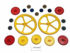 "20 KNEX Gears Lot Large 5"" Yellow Crown, 2.25"" Medium Red, Blue Gold Gray K'NEX"