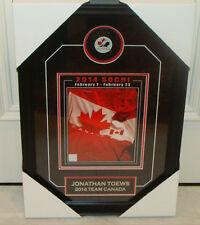 Juegos Olímpicos de Invierno Medalla de Oro Jonathan Toews equipo Canadá firmado Puck) Enmarcado