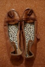New Look brown leather flats with tassels - 5