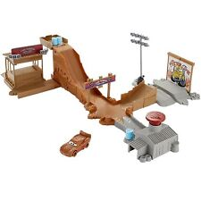 Disney DYB00 Pixar Cars 3 Thunder Hollow Challenge Playset Toy -Includes one car