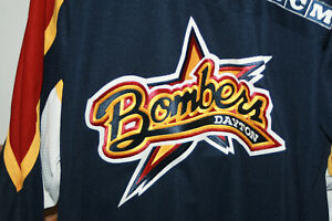 NWT DAYTON BOMBERS MINOR LEAGUE HOCKEY JERSEY DEFUNCT SZ L RARE HTF