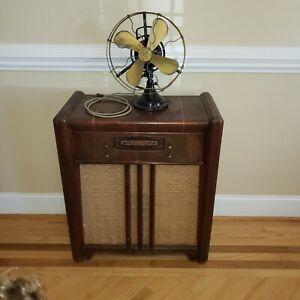 Antique GE oscillating tabletop fan 1915