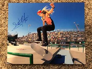 Leticia Bufoni HAND SIGNED 8x10 PHOTO OLYMPICS SKATEBOARDER RARE AUTOGRAPH