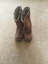 womens Wrangler wedge boots size 5.5 tan suede