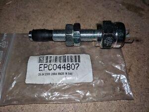 JOHN DEERE Interruptor EPC044807