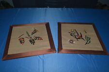 PAIR OF FRAMES ANTIQUE / EMBROIDERY BIRD