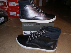 NEW Womens Timberland Dausette Sneaker Boots, size 9                     shoes