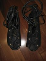 COUNTRY ROAD Lace up Black Suede Sandals size 35