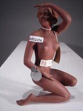 +# A012374_02 Goebel Archiv Plombe Skrobek Aktfigur Frau schützt Augen Akt FN71