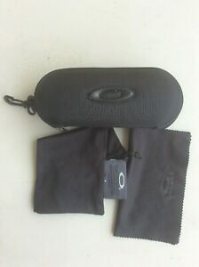 Brand new Oakley Sunglasses/Eyeglasses Hard Case w/ cleaning cloth and dust bag