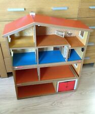 1970s VINTAGE LUNDBY DOLLS HOUSE. BUYER WILL NEED TO BE ABLE TO COLLECT
