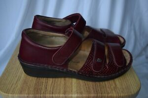 """Finn Comfort """" Baltram"""" sandals...hand made ..burgundy leather...size 39 D...VGC"""