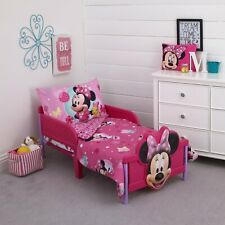 Disney Minnie Mouse 4-Piece Toddler Bedding Set - Brand New!
