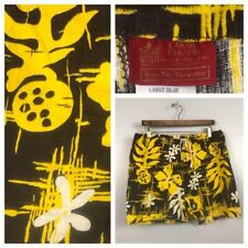 1960s Hawaiian Shorts / Floral Bark Cloth Short Swimming Trunks / Men's Large
