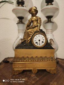 Pendule Bronze Doré Époque Restauration