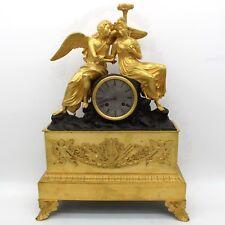 Horloge Pendule d'époque Restauration - en Bronze dorè - du 19ème siècle