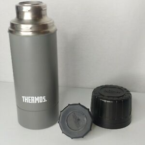 Thermos Vacuum Bottle .99 Litre 1.03 Quart Gun Metal Gray With Stopper & Lid