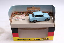 Vitesse 064006 Trabant 601 opening of the Berlin Wall 1989 1:43 OVP
