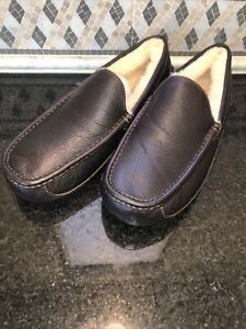 Men's UGG Brown Leather Ascot Slippers- size 10- #5379