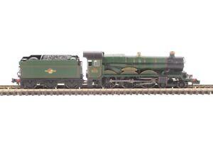 G/Farish 372-032 N, Class 4073 Castle 4-6-0 5070 'Sir Daniel Gooch' BR Green L/C