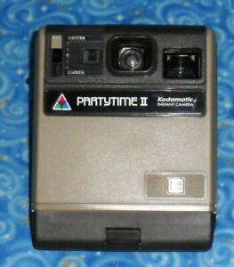 Kodak Partytime II Kodamatic Instant Camera HS14410 Excellent Untested