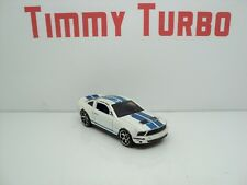 FORD MUSTANG 2007 SHELBY GT500 WHITE BLUE STRIPE  HOT WHEELS 75 MM LONG 1:64