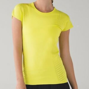 Lululemon Time Warp SS II in Fluorescent Yellow Slim Fit Ventilated Top   L