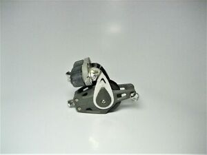 Lewmar 29901428 Sailboat 40mm Single Control Block W Cam Cleat & Becket *USED*