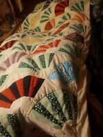 "**VINTAGE LOUISIANA HANDMADE QUILT  84X88 BEAUTIFUL QUALITY ❤️!!!""*"