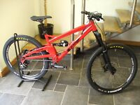 2017 Orange Alpine 6 S Enduro Mountain Bike (with dropper post) (Medium)