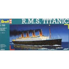 Revell 05210 1/700 R.M.S Titanic Brand New