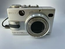 Sony Cyber-Shot DSC-V1 vintage digital camera