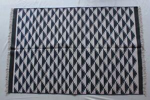 Handmeda Cotton Rug 4'X6' Feet Livingroom & Bedroom Rug Black & White ZikZak Rug