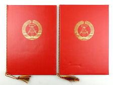 #e4300 2 große rote DDR Urkundenmappen