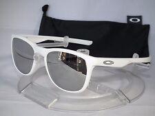 NEW OAKLEY TRILLBE X Sunglasses OO9340-08 Matte White / Chrome Iridium