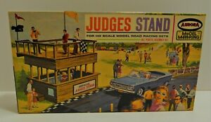 Aurora Judges Stand Model Kit #1451 HO Scale Slot Car Railroad in Original Box