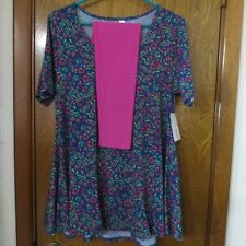 """LuLaRoe """"Perfect T"""" Shirt Top - Size Small - Leggings One Size (OS) - NWT!"""
