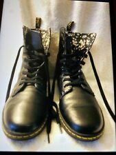 Dr. Martens Stratford Women's Smooth Leather  Boots  USA Size 9 Black UK 7 $89