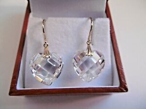 LOVELY PAIR OF 14CT 585 GOLD & CRYSTAL HEART DROP EARRINGS