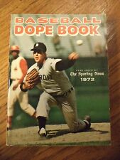 1972 SPORTING NEWS BASEBALL DOPE BOOK MICKEY LOLICH DETROIT TIGERS