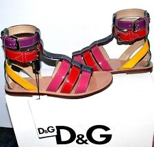 $545.00 DOLCE & GABBANA FLAT PATENT LEATHER SANDALS SZ 37   US 7 ITALY